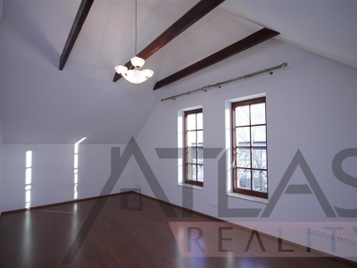 Two-bedroom apartment for rent 145,19 sqm. Prague 6 - Troja.