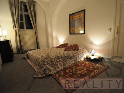 Fuly furnished one bedroom (business) apartment, Prague 1 - Malá Strana, Vlašská Street