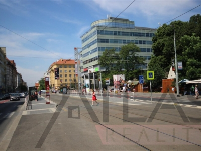 For rent: Nice fully furnished studio with balcony, Prague - Vinohrady, Slezska str., Green line A Flora
