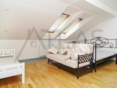 For Rent: 3-bedroom Furnished Apartment - Prague 1 - Nove Mesto, Reznicka Street