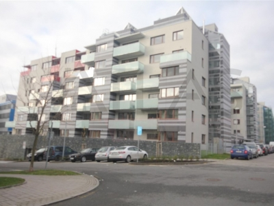 Rent of 2BRD unfurnished apartment ( 3+kk ), 70 sqm, Pod Stolovou Horou street, Praha 5 - Jinonice