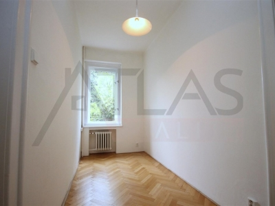 Rent of 3 bedrooms apartment Prague 6 - Ořechovka, Cukrovarnická street