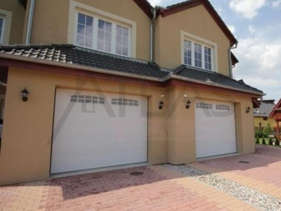 For Sale or for Lease: Unfurnished semi-detached 3BD family house