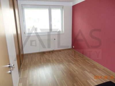 Fully furnished two bedrooms apartment with parking Prague 5 - Stodulky, Melodicka street.
