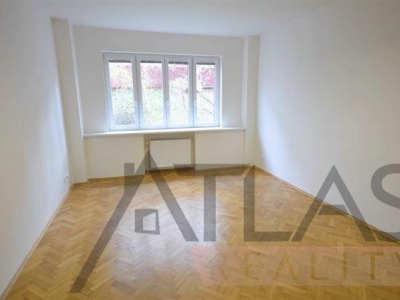Rent of office space, 2 offices, 55 m2, Prague 5 - Smíchov, Stroupežnického street