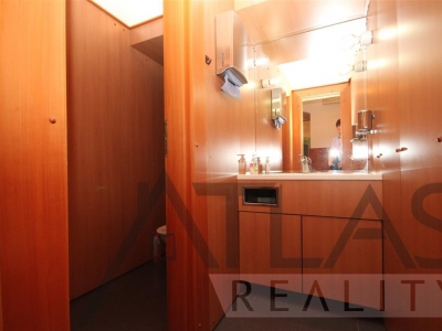 Rent of offices 20 sqm (13 sqm + 7 sqm) in the centre of Prague, Malá Strana