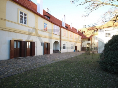 For Rent: One-bedroom apartment Prague 1 - Hradcany, Loretanske namesti