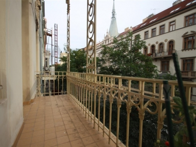 For rent refurbished one bedroom apartment (2+kk), 78m2 Prague 2 - Vinohrady, Korunní street