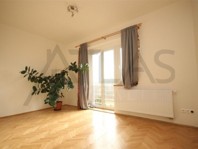 For rent two bedroom apartment 100 m2, Praha 6 - Břevnov, Na Břevnovské pláni