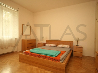 Rent of 3BDR furnished apartment in vila 4+1, 144 m2, Cukrovarnická str., Praha 6