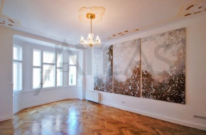 For Rent: 3 Bedroom apartment with balcony in Prague 1 Josefov, Elisky Krasnohorske Street