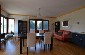 Rent of furnished two bedroom apartment ( 3+kk ), 100 sqm, Schwarzenberská, Praha 5-  Jinonice