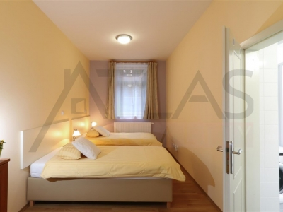 For rent two bedroom fully furnished apartment 100 m2 Prague 2 - Vinohrady, Belgická street