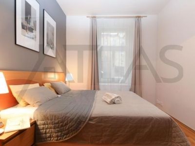For rent two bedrooms apartment 85 m2 Praha 3 - Vinohrady, Sazavska street