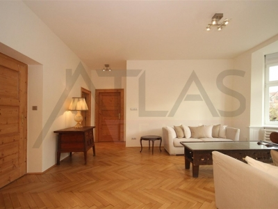 For rent three-bedroom apartment, 120 m2 Prague 10 - Vinohrady, Hradesinska street