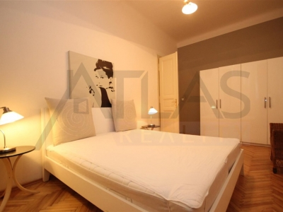 For rent furnished one bedroom apartment 70 m2 Prague 1 - Nove mesto, Ve smeckach street - just steps from Wenceslas Square