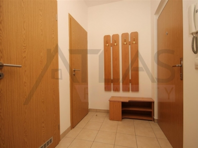 For rent two bedrooms apartment, 80 m2 Praha 6 - Vokovice, K Cervenemu vrchu street